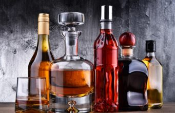 5 Awesome Alcohol Subscription Boxes You Need